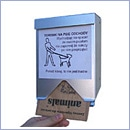 Kaseta dystrybutor sprzątanie po psach kosze stacje na psie kupy dystrybutory woreczki torebki