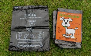 Woreczki na psie odchody biodegradowalne pucek na trawie